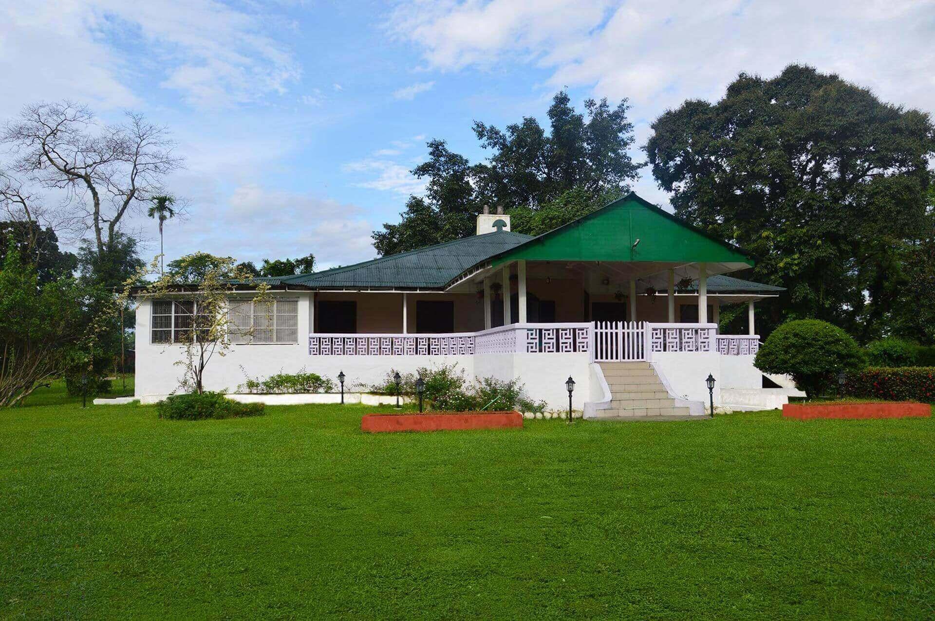 Nya Sylee tea estate