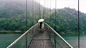 Guwahati-Kaziranga-Shillong-Cherrapunjee-Mawlynnong-Dawki 6N/7D