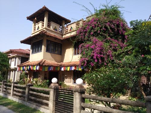 Belaseshe Bari Sonajhuri