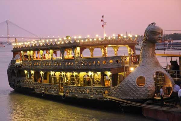 Dinner Cruise in Kolkata
